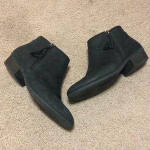 Clarks Artisan Black Leather Side Zip Booties
